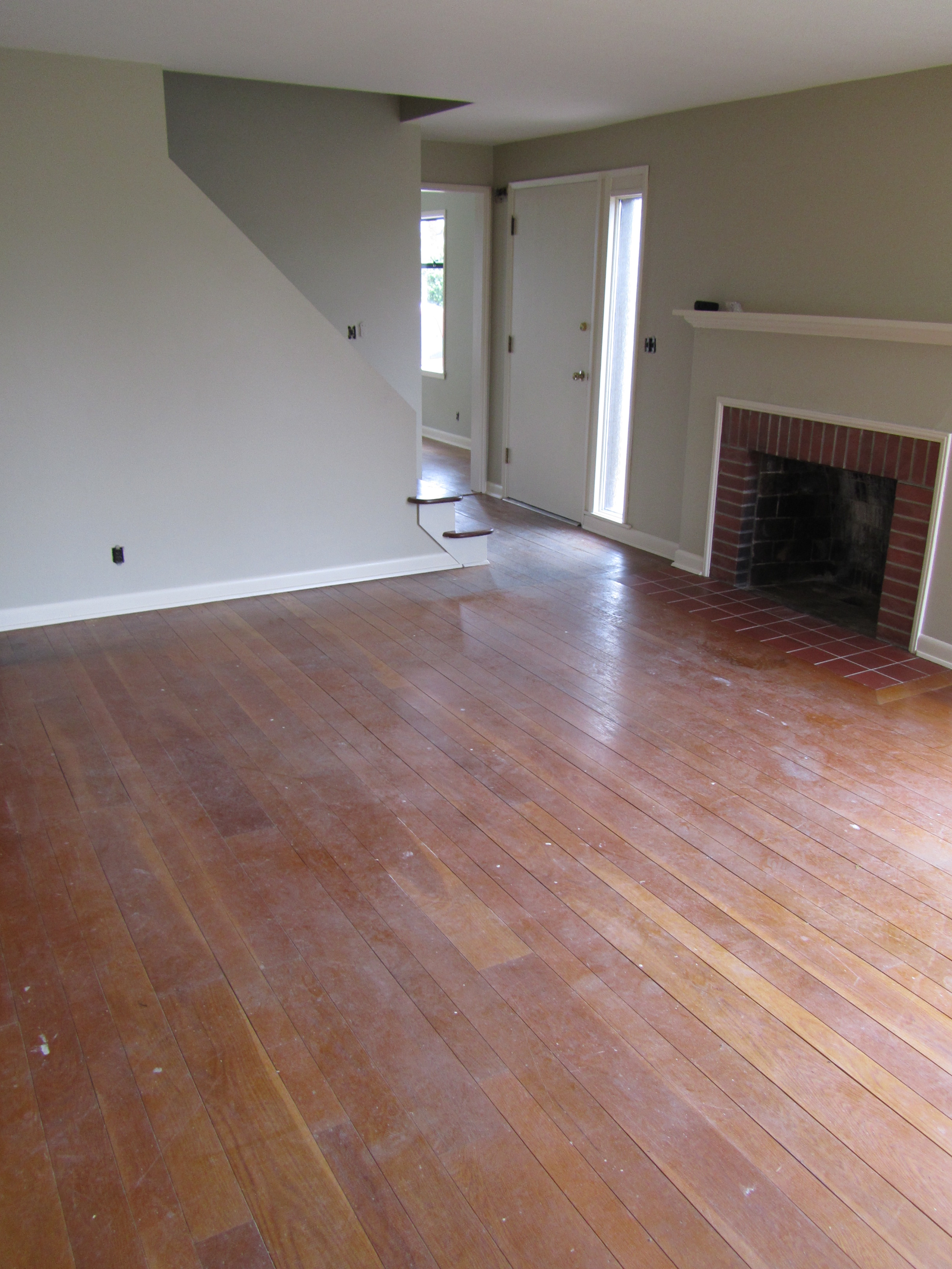 Maple leaf refinish seattle general contractor and for Hardwood floor contractors