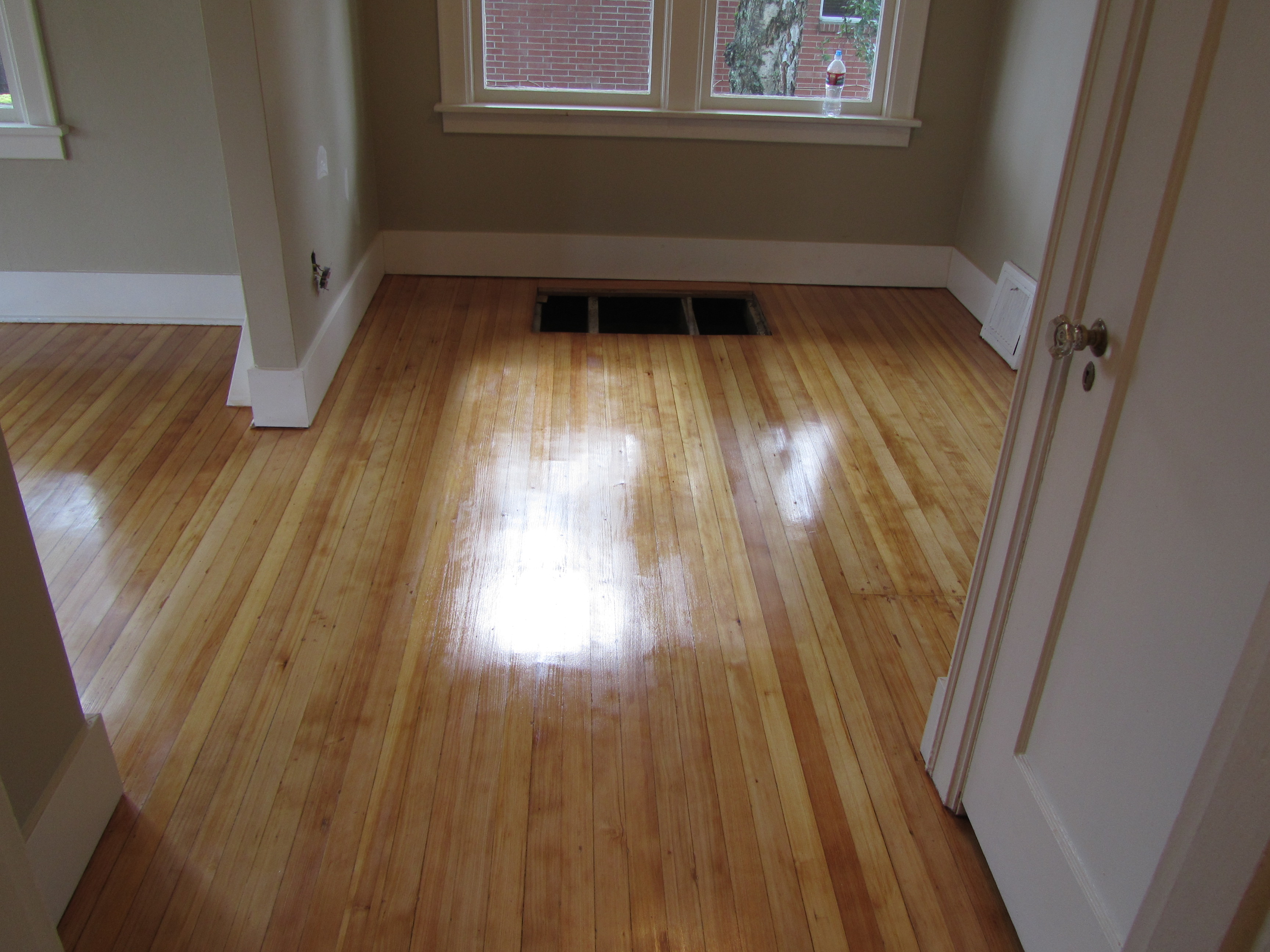 Uncovering hardwoods from other types of flooring for Hardwood floors seattle
