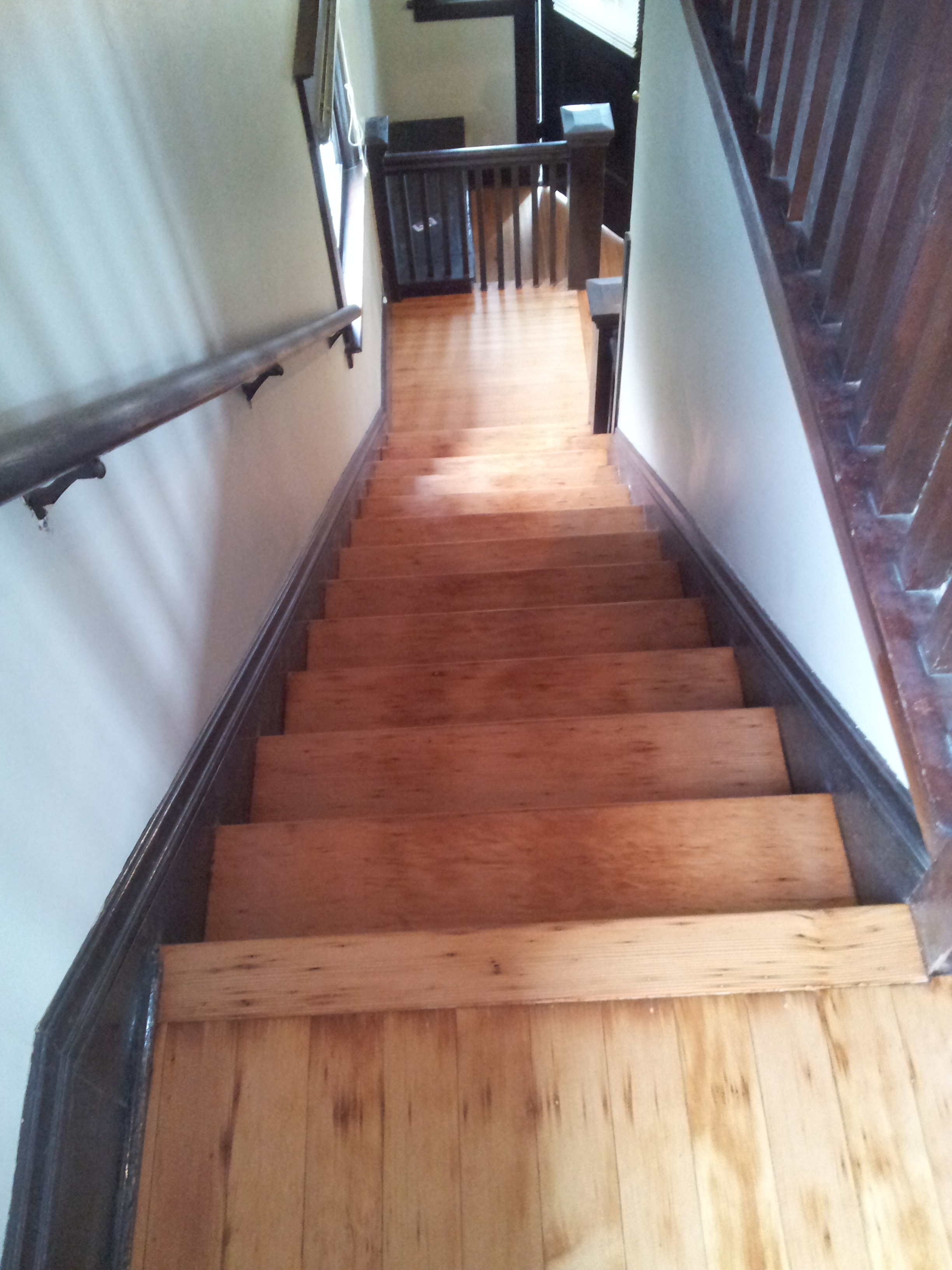 The New Owners Of This Kirkland Condo Wanted The Carpet Gone And Had Us  Install, Stain And Finish New Oak Treads And Risers On Their Stairway.