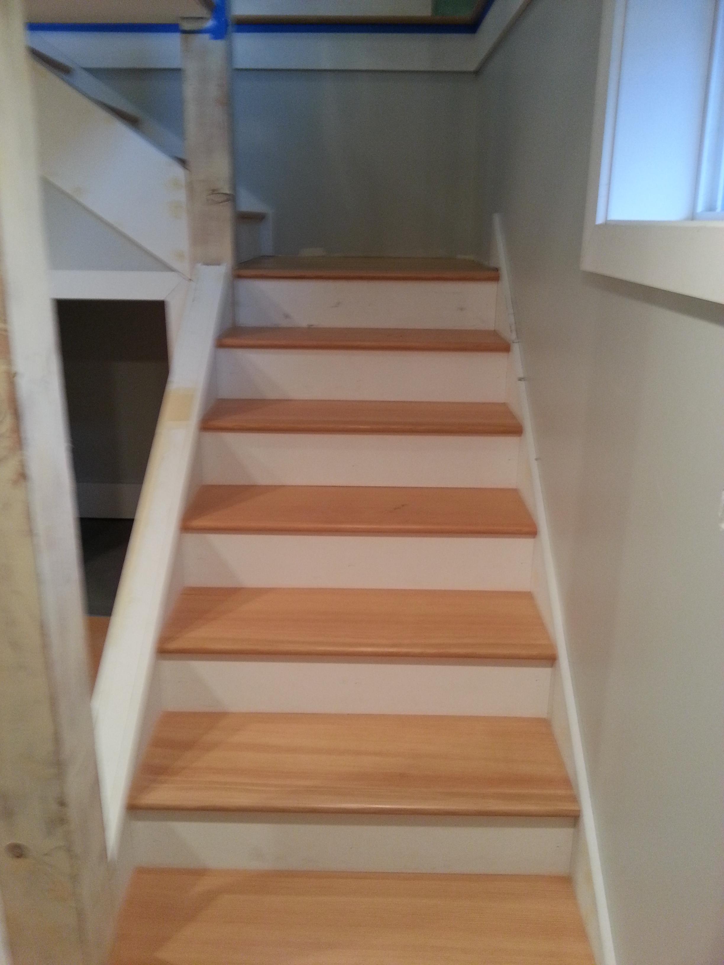 Merveilleux Shane Fir Stairs ...
