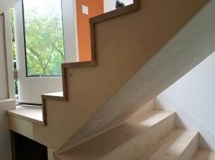 The custom nosing and stair skir